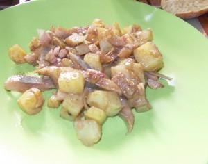 Semaine du 23/09 : Chouette un clafouti aux quetsches et une salade pommes de terre et harengs! dans Automne sdc10584-300x236